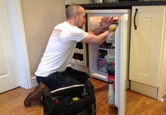 Điện lạnh Đức Hưng cung cấp dịch vụ chất lượng tốt với chi phí phải chăng cho mọi khách hàng