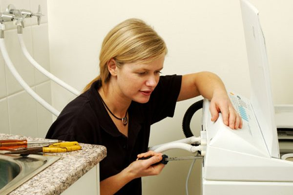 Sự cố có thể gặp phải khi sử dụng máy giặt