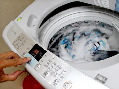 Chọn máy giặt có khối lượng giặt nhiều hơn 1 - 2 kg