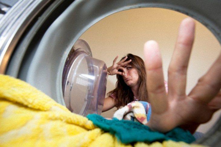 Khử mùi hôi cho máy giặt