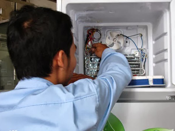 Địa chỉ sửa tủ lạnh inverter uy tín