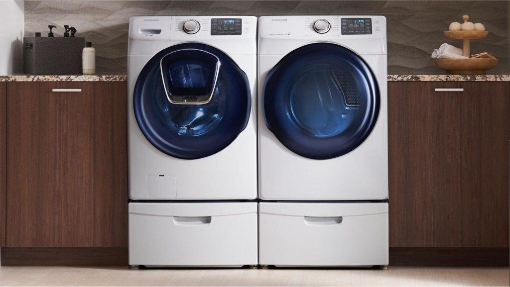 Máy giặt sản phẩm thiết yếu của các bà nội trợ hiện đại.
