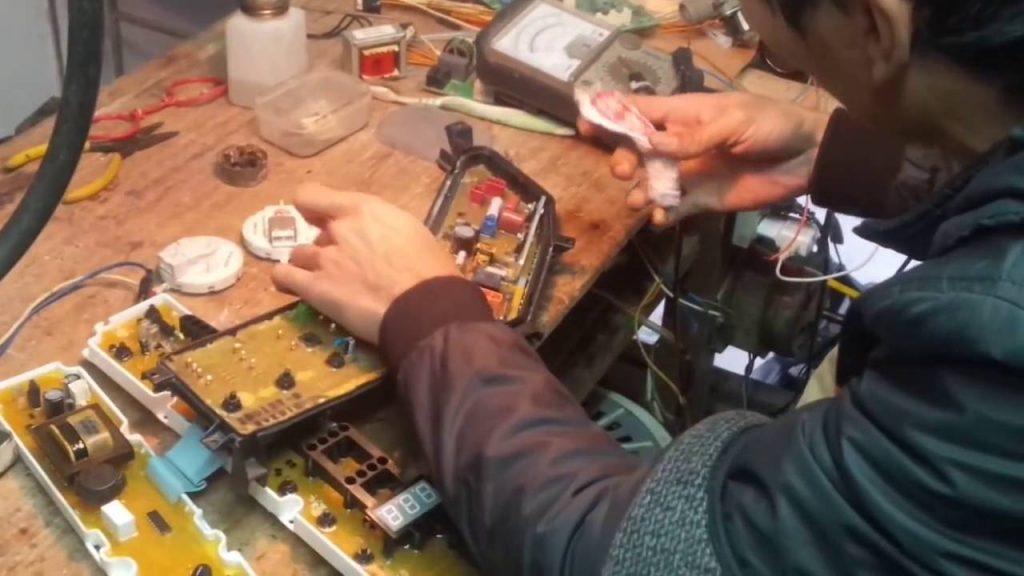 Dịch vụ sửa bo mạch máy giặt Đức Hưng