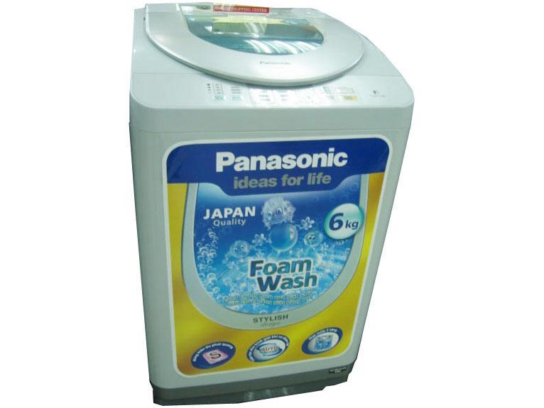 Vẻ ngoài đơn giản nhưng khá đẹp mắt của hãng Panasonic