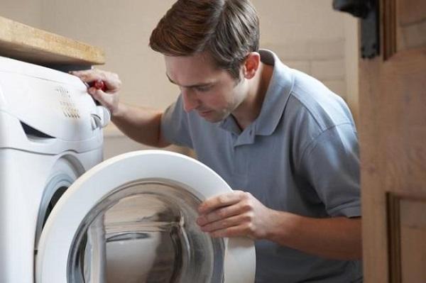 Khắc phục tình trạng máy giặt Electrolux giặt xong không mở được cửa