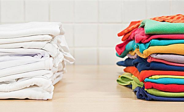 Nên phân loại quần áo khi cho vào vắt bằng máy giặt