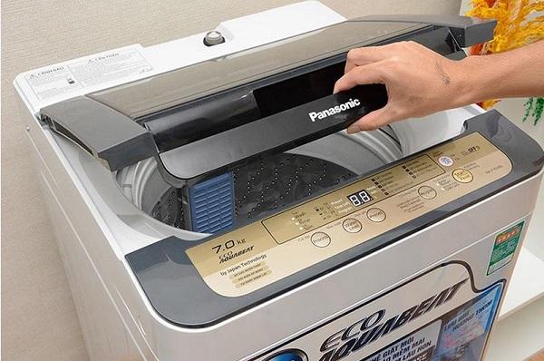 Kiểm tra nắp máy giặt