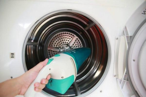 Cách vệ sinh gioăng cao su máy giặt Electrolux hiệu quả nhất
