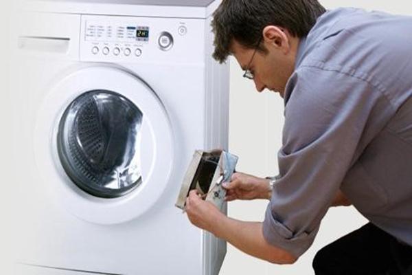 Cách vệ sinh và một số lưu ý khi sử dụng máy giặt electrolux