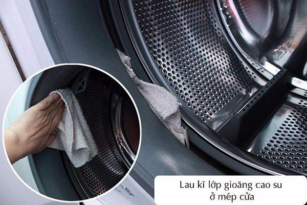 2 cách vệ sinh máy giặt Aqua phổ biến nhất hiện nay