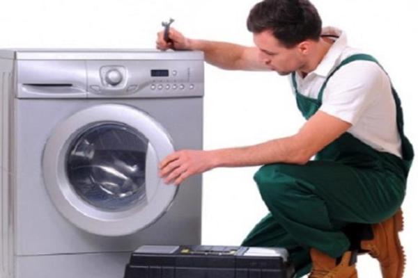 Nguyên nhân khiến máy giặt cửa trước Electrolux không vắt được